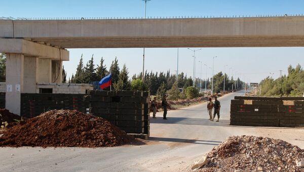 Трасса Хомс-Хама в зоне дислокации Хомс - Sputnik Mundo