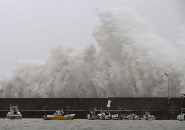 El impacto de un tifón (imagen referencial)