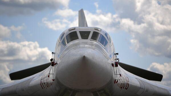 El bombardero pesado Tu-160 Nicolái Kuznetsov - Sputnik Mundo