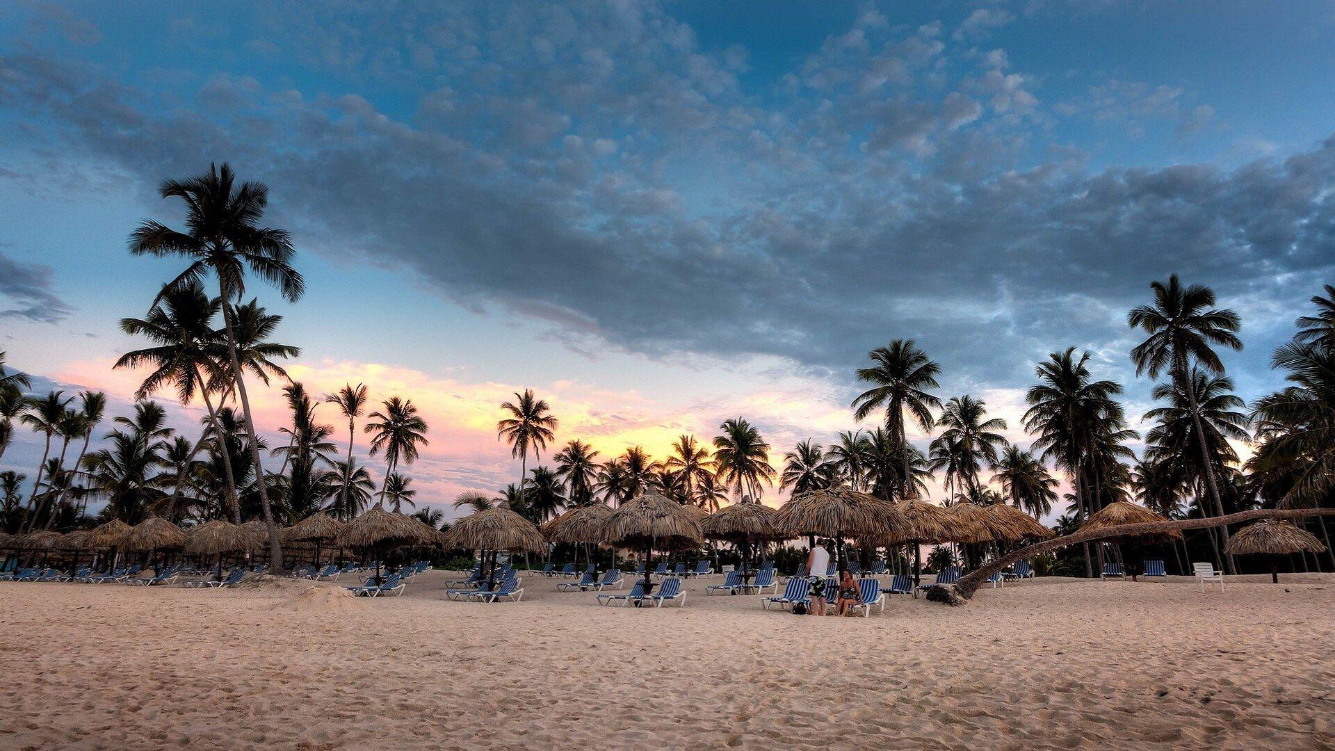 Una playa en República Dominicana  - Sputnik Mundo, 1920, 25.08.2021