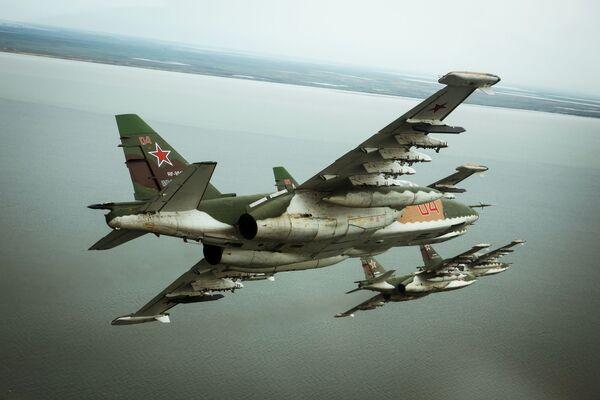 Aviones de asalto rusos Su-25SM3, foto archivo - Sputnik Mundo