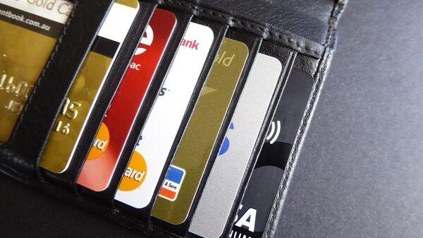 Tarjetas bancarias (imagen referencial) - Sputnik Mundo