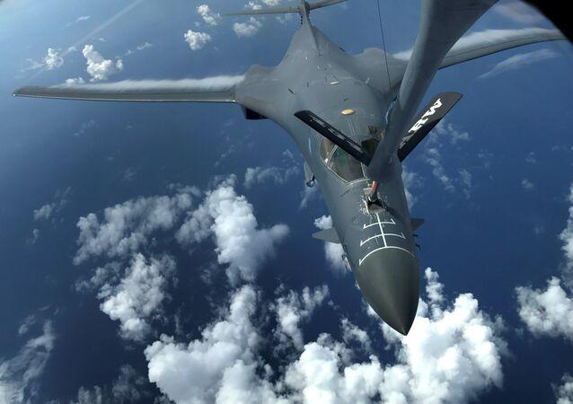 Bombardero B-1 Lancer de EEUU