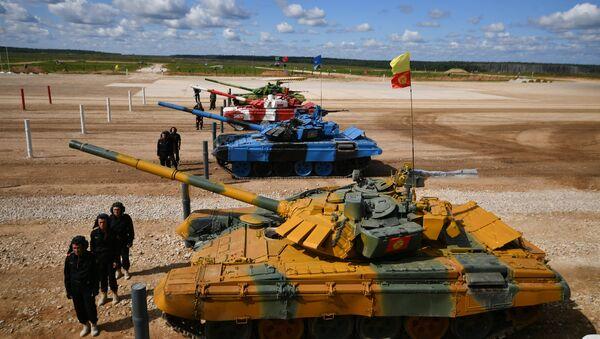 Juegos Militares Internacionales Army Games 2017, Biatlón de tanques - Sputnik Mundo