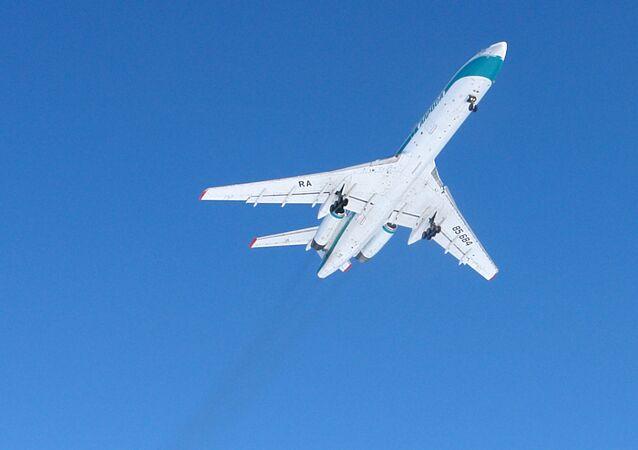 Un avión Tu-154