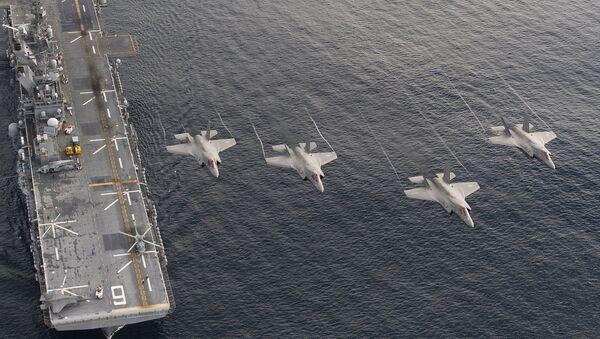 Los cazas estadounidenses F-35B - Sputnik Mundo