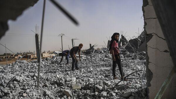 Situación en Al Raqa, Siria - Sputnik Mundo