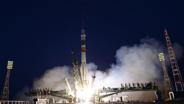 Cohete portador ruso Soyuz MC-05 - Sputnik Mundo