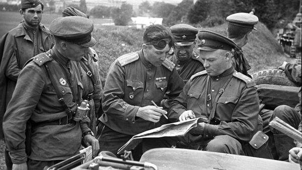 Militares soviéticos (archivo) - Sputnik Mundo