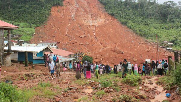 Consecuencias de un deslave en Sierra Leona - Sputnik Mundo