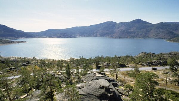 Un lago en Kazajistán (imagen referencial) - Sputnik Mundo