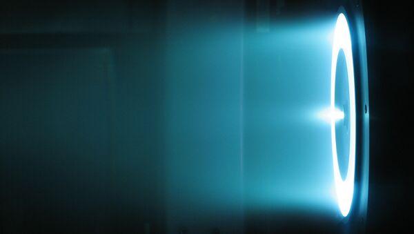Un motor iónico a efecto Hall - Sputnik Mundo