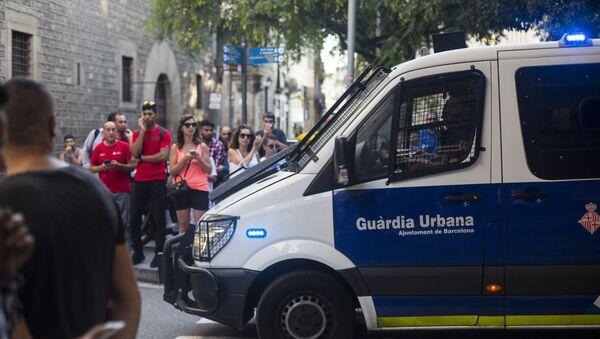 Ситуация на месте теракта в Барселоне - Sputnik Mundo