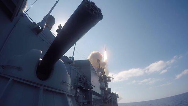 Los misiles de crucero Kalibr en Siria - Sputnik Mundo