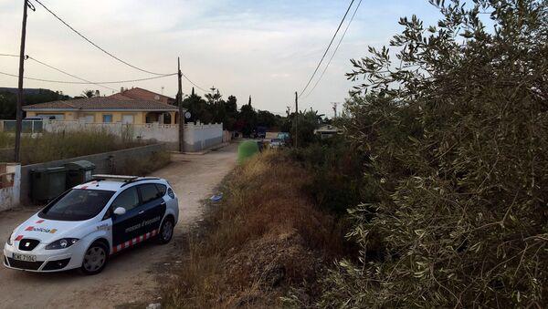 Coche de los Mossos d'Esquadra en la localidad de Alcanar, España - Sputnik Mundo