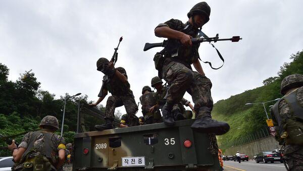 Soldados surcoreanos durante el Ulchi Freedom Guardian - Sputnik Mundo
