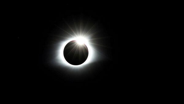 Eclipse solar del 21 de agosto de 2017 - Sputnik Mundo