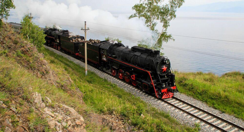 Un tramo del ferrocarril Transiberiano
