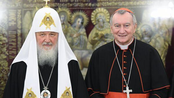 Encuentro entre el  patriarca Kiril y el secretario de Estado del Vaticano, Pietro Parolin. - Sputnik Mundo