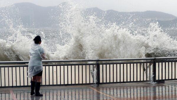 Tifón Hato llega a China - Sputnik Mundo