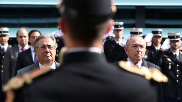 El ministro del Interior francés, Gerard Collomb, y su homólogo español, Juan Ignacio Zoido - Sputnik Mundo