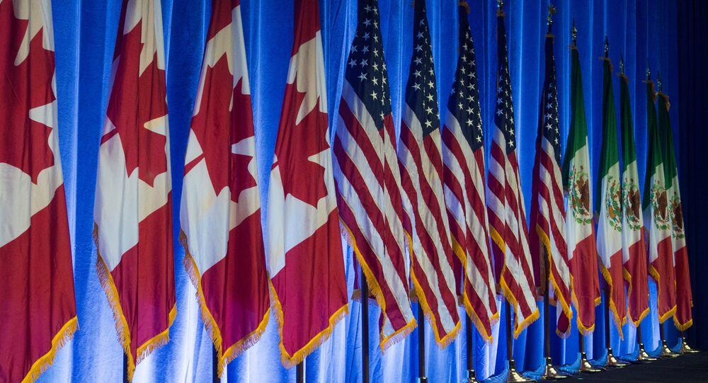 Las banderas de Canadá, EEUU y México