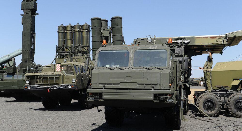 El sistema de defensa aérea S-400