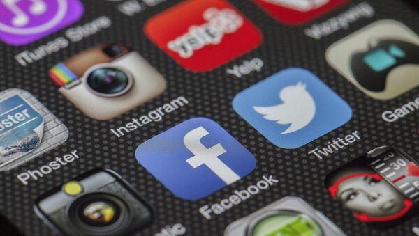 Redes sociales - Sputnik Mundo