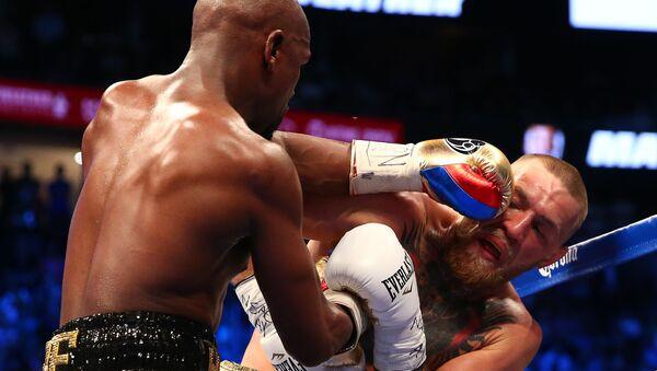 El boxeador Floyd Mayweather y el luchador de MMA, Conor McGregor - Sputnik Mundo