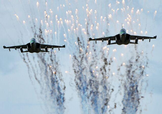 Los aviones Yak-130 de la Fuerza Aérea de Bielorrusia durante la preparación para las maniobras ruso-bielorrusas Zapad-2017