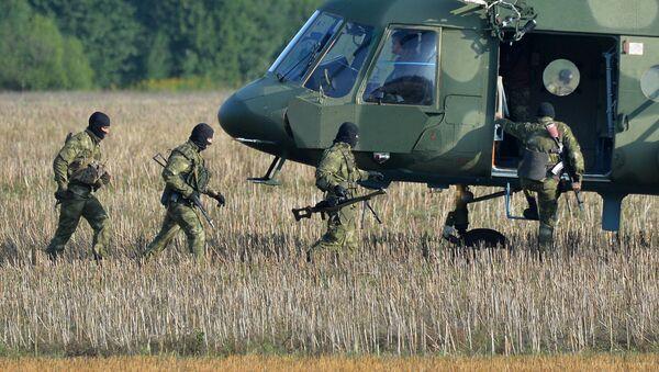 Militares bielorrusos - Sputnik Mundo