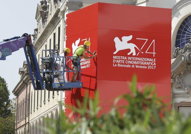 Preparativos para la celebración del Festival de Cine de Venecia