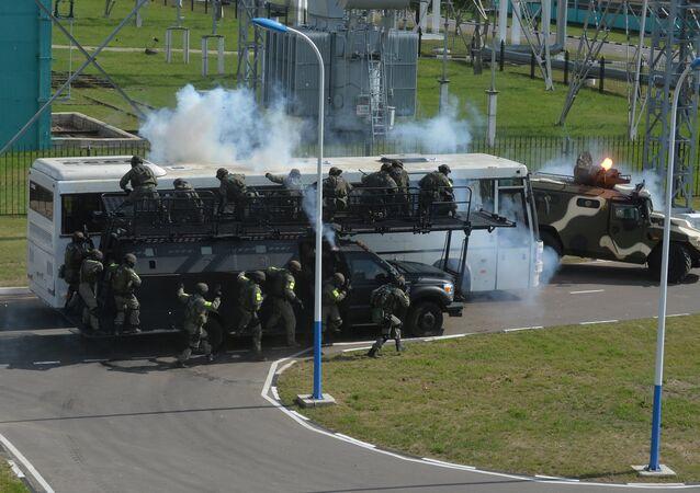 Militares bielorrusos durante los ejercicios conjuntos de la CEI (archivo)