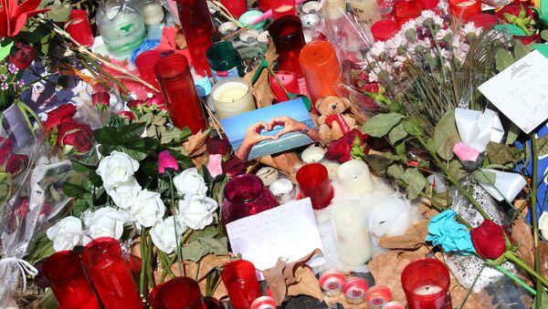 Homenaje a las víctimas del atentado en Barcelona - Sputnik Mundo