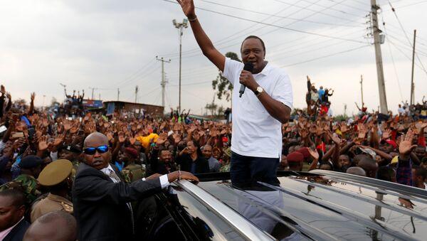 Uhuru Kenyatta, presidente de Kenia - Sputnik Mundo