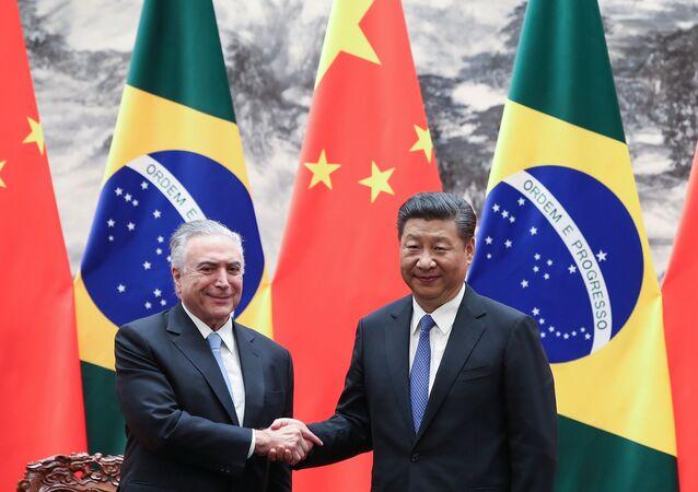 Michel Temer presidente brasileño,  junto a su homólogo chino Xi Jinping