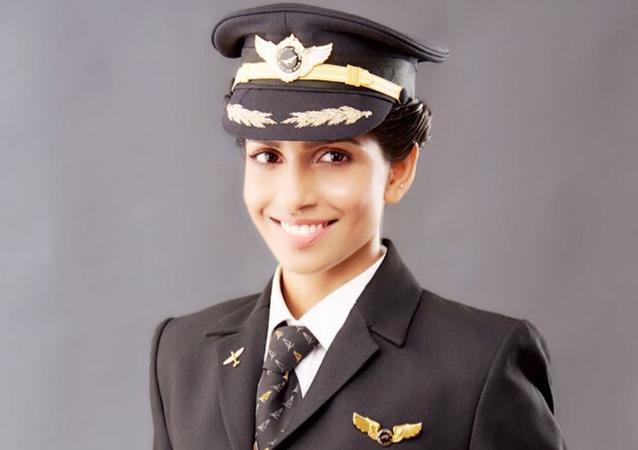 Anny Divya, la piloto más joven del Boeing 777