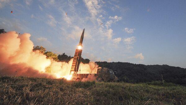 El ensayo de los misiles balísticos Hyunmoo-2 (archivo) - Sputnik Mundo