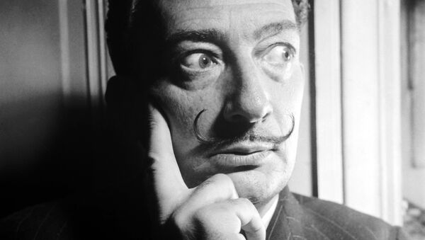 Salvador Dalí, artista español - Sputnik Mundo