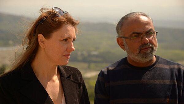 Irina Assaf con su marido Ibrahim - Sputnik Mundo