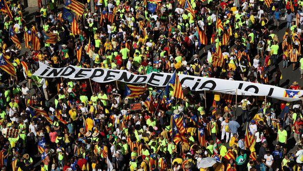 La manifestación de la 'Diada del Sí' en Barcelona - Sputnik Mundo