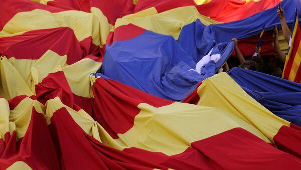 La bandera independendista de Cataluña - Sputnik Mundo