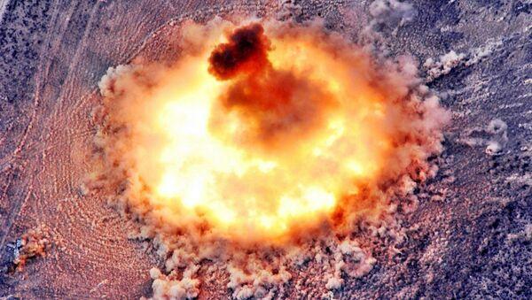Explosión termobárica (imagen referencial) - Sputnik Mundo