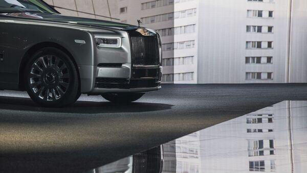 Автомобиль Rolls-Royce на автосалоне во Франкфурте - Sputnik Mundo