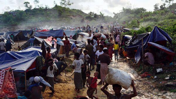 Refugiados rohinyás en Bangladés - Sputnik Mundo