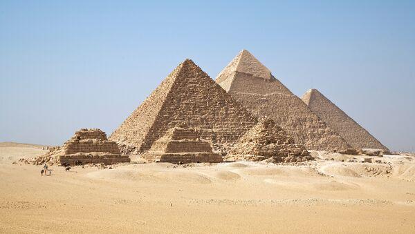 Las pirámides de Guiza - Sputnik Mundo