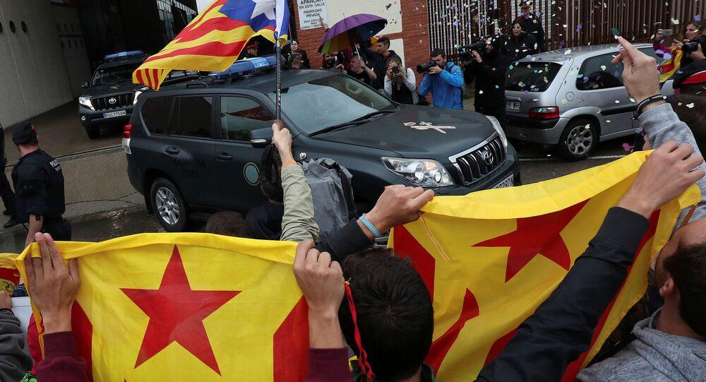 La Guardia Civil registra las imprentas en Cataluña