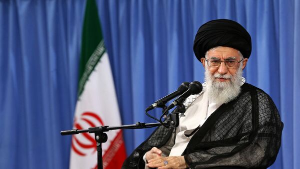 Ayatolá Alí Jamenei, líder supremo de Irán - Sputnik Mundo
