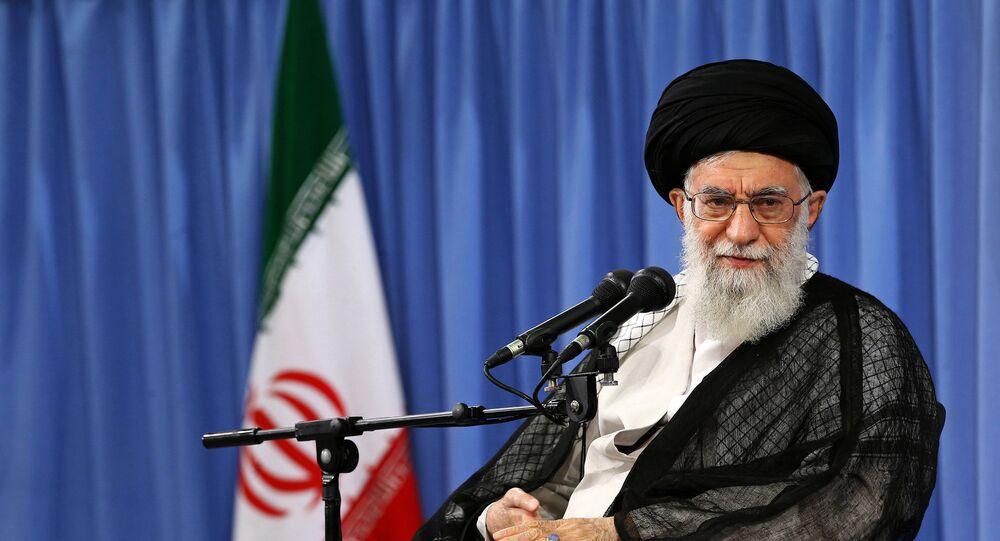 Quién es Alí Jameneí, el ayatolá que quiere vengarse de Trump ...