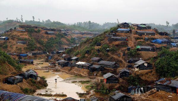 Campo de los refugiados rohinyás en Cox's Bazar, Bangladés - Sputnik Mundo